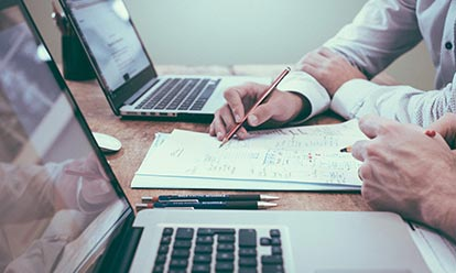 Designing Better Client Experiences Header Media Mobile